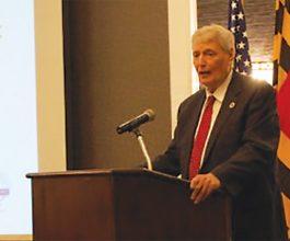 Mike Busch speaking at the AAACCC Legislative Breakfast